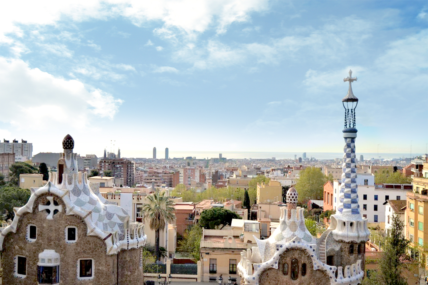 Sea views from our luxury apartments in Barcelona, just beside Park Güell
