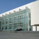 Museum of Contemporary Art Barcelona: https://commons.wikimedia.org/wiki/File:BarcelonaMuseumContemporaryArt-RichardMeier-3.jpg