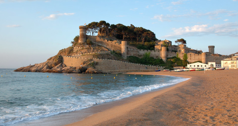 Things To Do In The Medieval Village Tossa de Mar